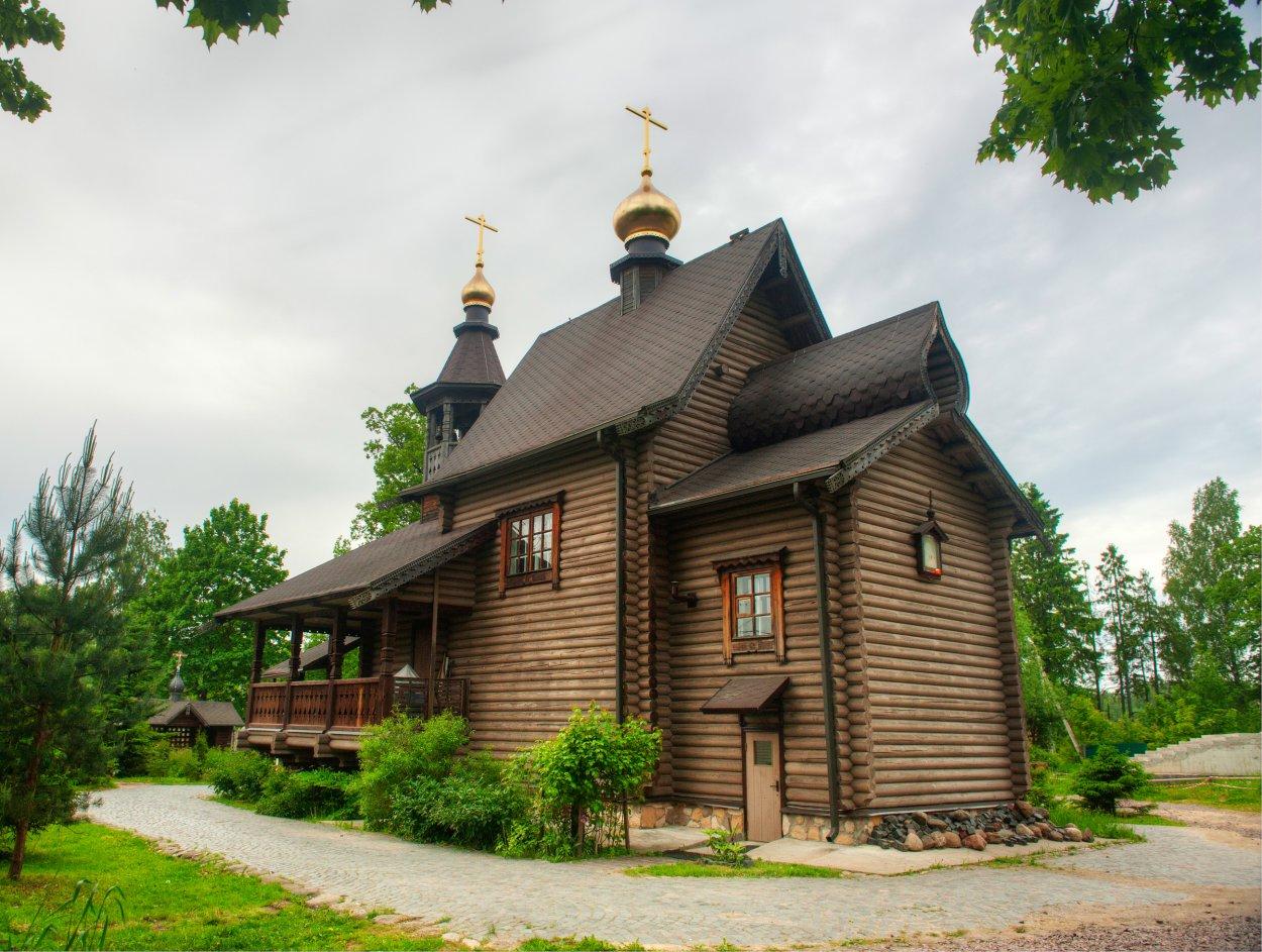 Храм святого праведного Иоанна Кронштадтского пос. Колтуши