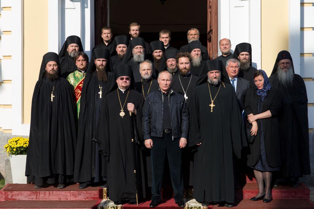 МВД наладит координацию сцентром реабилитации при Коневском монастыре