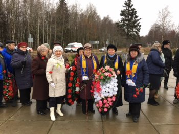 Клирик Выборгской епархии принял участие в митинге, посвященном 76-й годовщине со дня начала действия Дороги Жизни