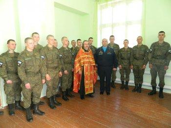 В приходах Выборгской епархии торжественно встретили День Победы (новость дополнена)