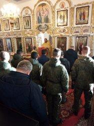 Курсанты ВИТИ АМТО причастились за Литургией в Приветнинском