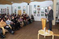 В библиотеке А.Аалто состоялась лекция профессора Александра Николаевича Ужанкова, приуроченная к празднованию Дня православной книги.