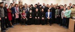 Епископ Выборгский и Приозерский Игнатий открыл пленарное заседание Православного молодежного форума Ленинградской области, где впервые приняли участие три архиерея региональных епархий
